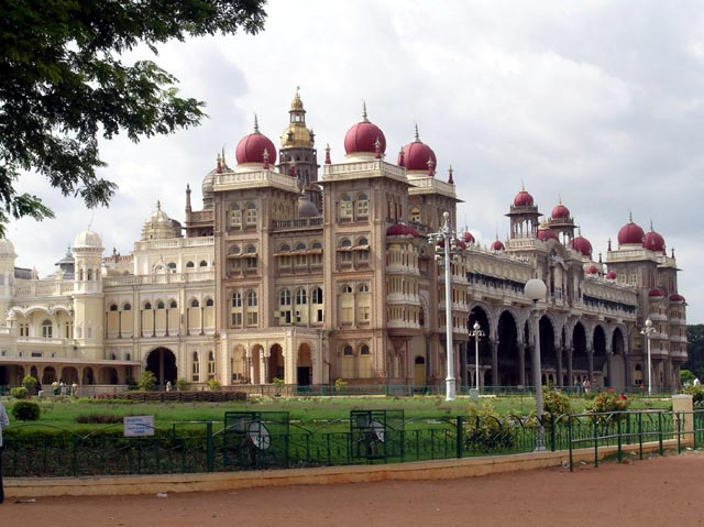 Heritage Karnataka  Tour Package  3Nights/4Days (Fixed Departure May 02nd -05th  2015)