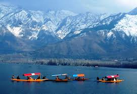 Kashmir Special Tour Packages 6 Days /5 Nights  Rs.10,800/-(Fixed Departure  June 6th -11th 2015)
